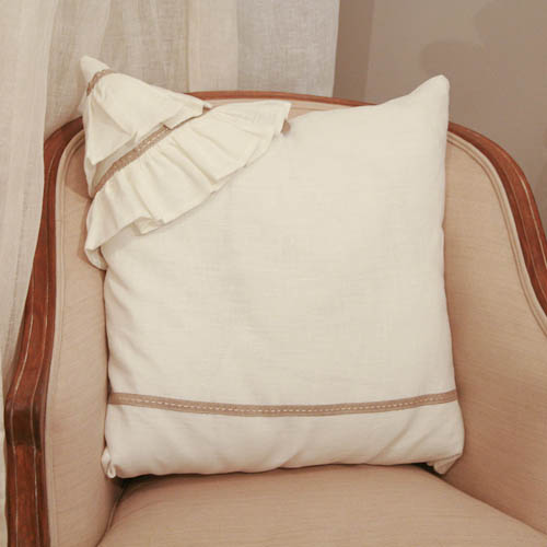 coussins coussin lin original froufrou. Black Bedroom Furniture Sets. Home Design Ideas