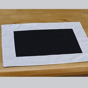 set-table-carreaux-noir